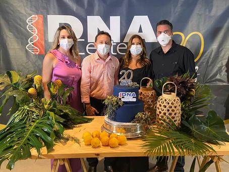 Diretoria do DNA Center celebra os 20 anos com benção e homenagem aos funcionários
