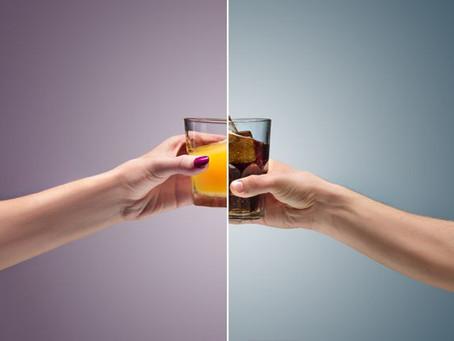 Um copo de Coca-Cola ou suco de laranja por dia aumenta o risco de câncer, diz estudo
