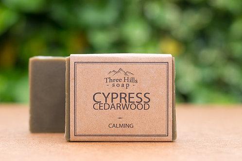 Naturseife für Männer mit Zedernholzöl und Zypressenöl / Three Hills Soap