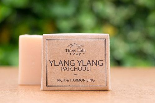 Naturseife mit Ylang-Ylang und Patschuli / Three Hills Soap