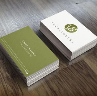 Realistic Business Card Mock-Up_1.jpg