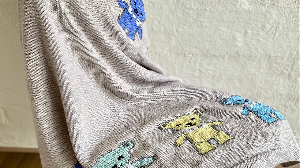 107 Pure Wool Baby's Blanket - Grey base with colourful bear