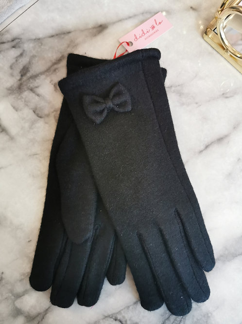 Black bow gloves