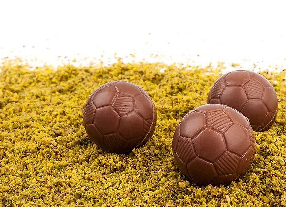 3 pelotas de fútbol rellenas con nutella