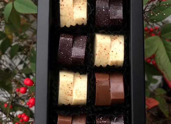 Caja de 8 bombones chocolate puro mix