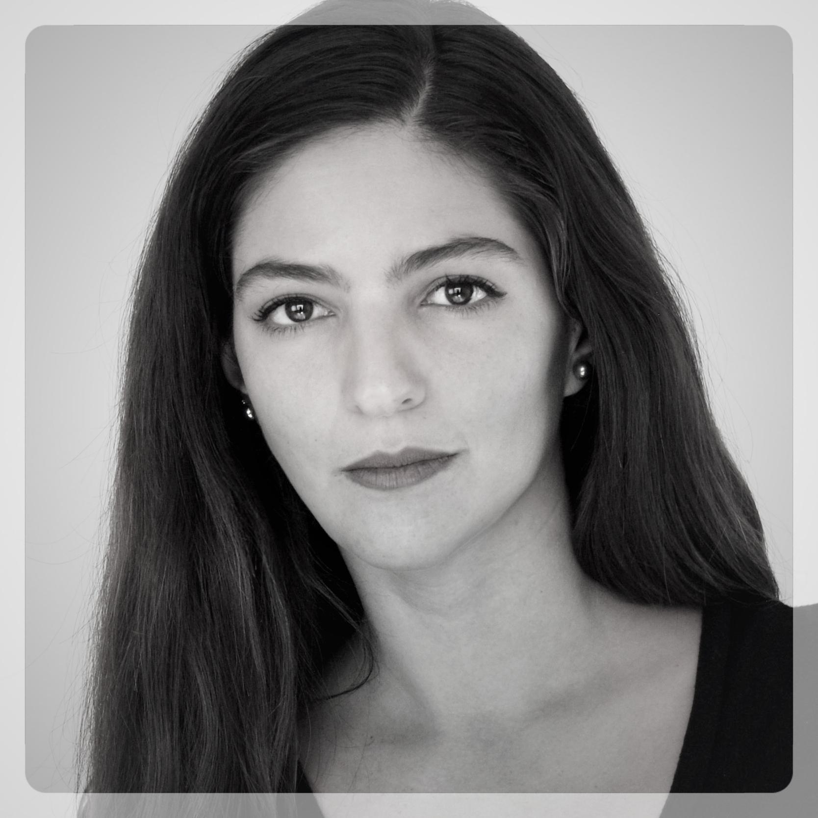 Perla Villarello