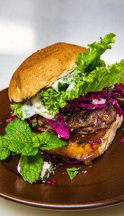 2020 Burger Month - Menthe Arnaki