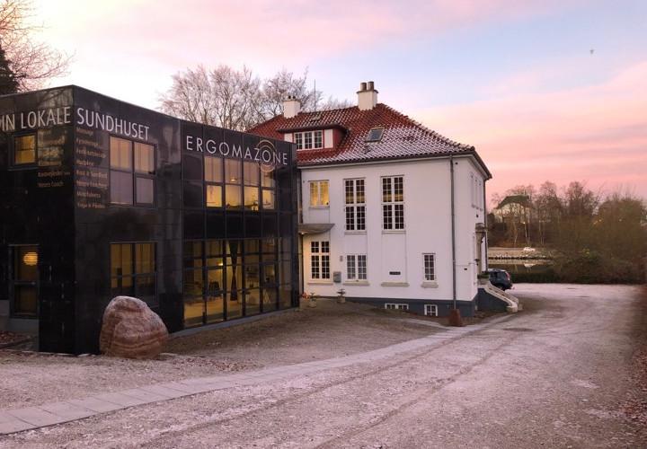 facadesundhuset.jpg