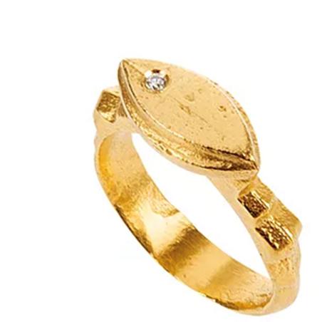 Monapetra Eye Ring