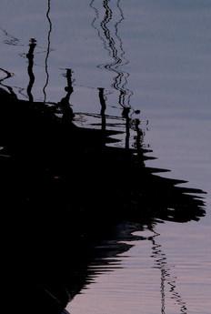 Voilier onirique.   Travail sur les reflets, les ombres, visions surréalistes.