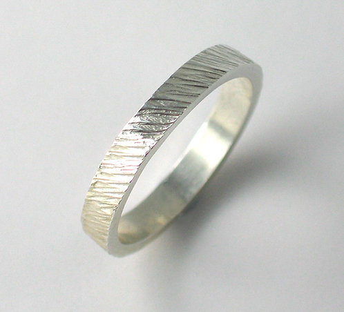 T002: Diagonal Line TexturedDesign. 3mm Ring.