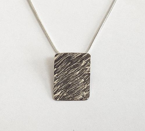 M002: Line Textured Pendant