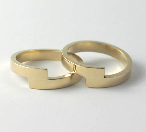 9ct Gold Zig-Zag Wedding Rings.