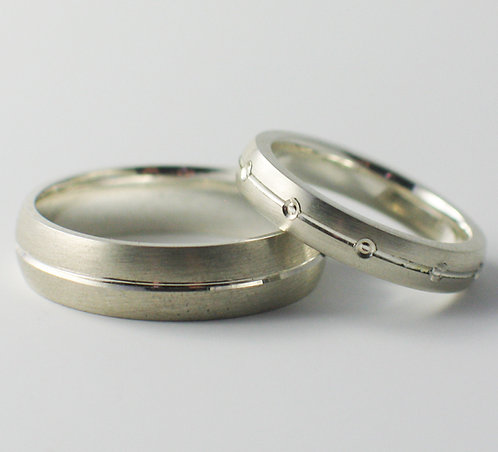T019: Court and D Shaped Wedding Rings