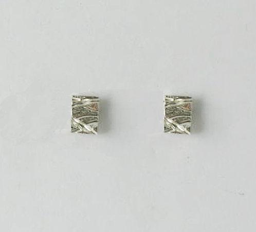 E006: Silver Textured Stud Earrings.