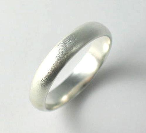 T015: Matt Finish. 4mm Ring.