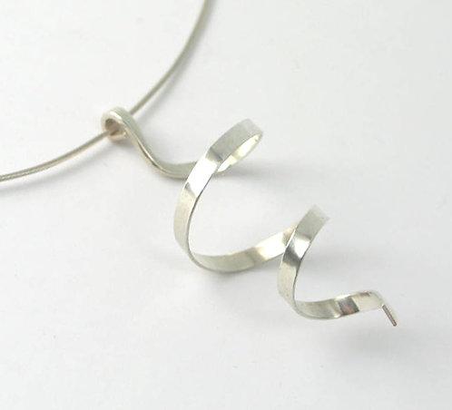 R012: Silver Spiral Pendant.