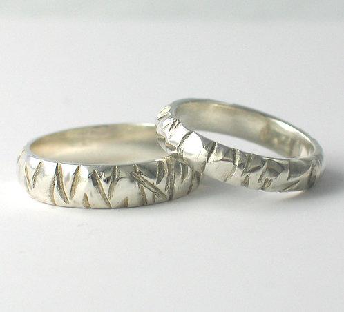 T018: D Shaped Wedding Rings