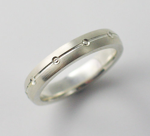 T019:  V Groove& PipedTextured Wedding Ring.