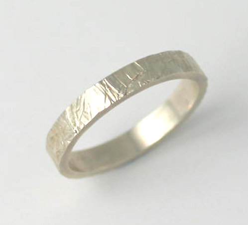 G010: Silver Textured Ring.
