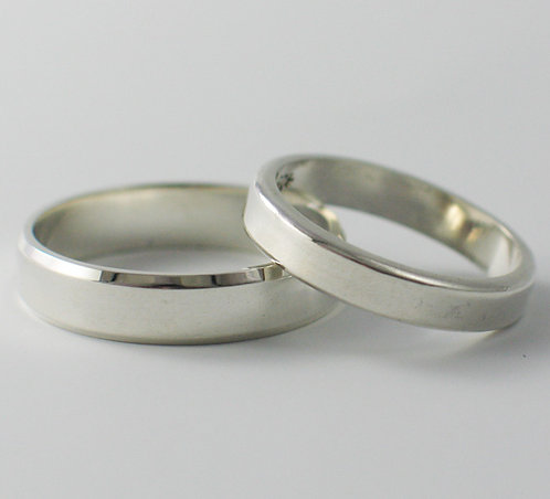 T021: Flat Shaped Wedding Rings Bevelled & Rounded Edges.