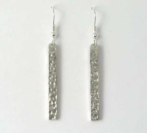 M017: Silver Dot Earrings.