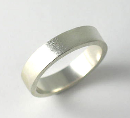 T017: Matt Finish. 6mm Ring. Size W.