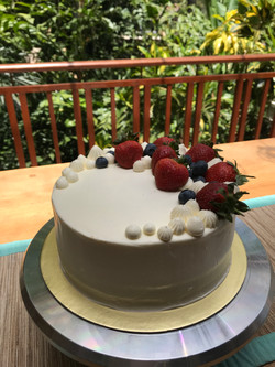 Fresh Fruits Airy Whipped Cream Cake