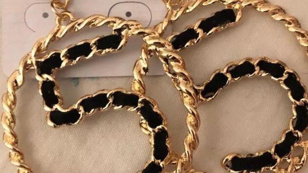 Chic Gold & Black luxury earrings