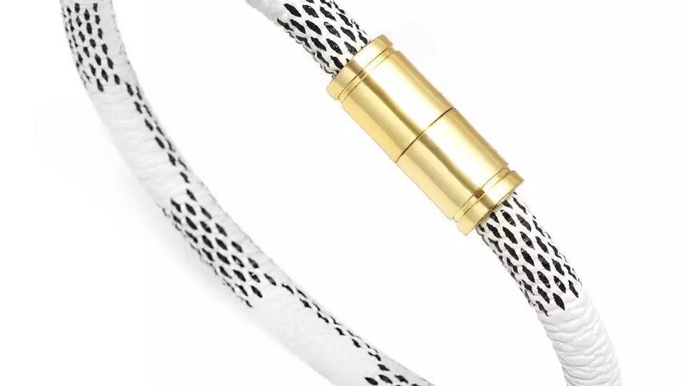 White & gold magnetic bracelet