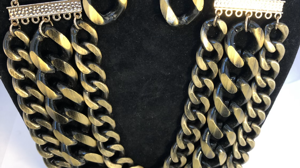Linked Black & Gold Necklace Set