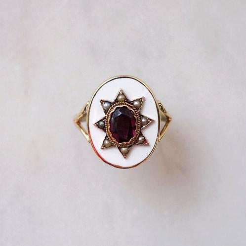 Exceptional Garent White Enamel Ring