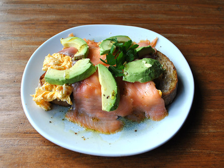 salmon avo scrambled.jpg