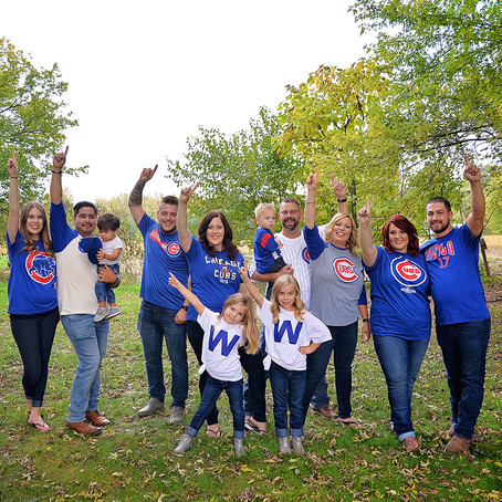 Go Cubs! | Family Session