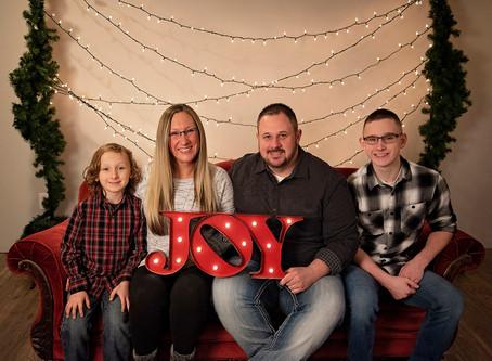Corvin Family   Holiday Mini Session