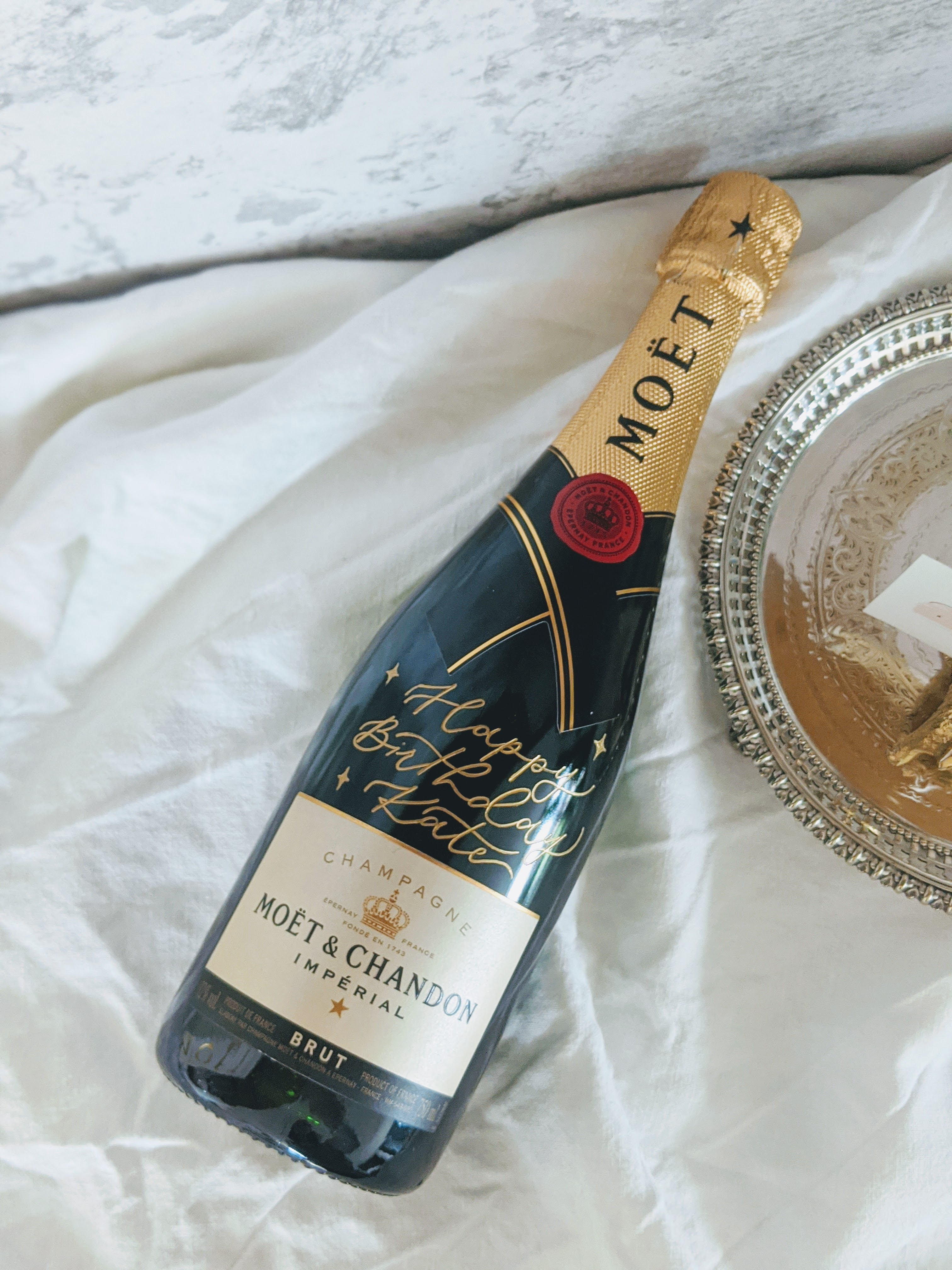 Champagne-Calligraphy-Engraving-01