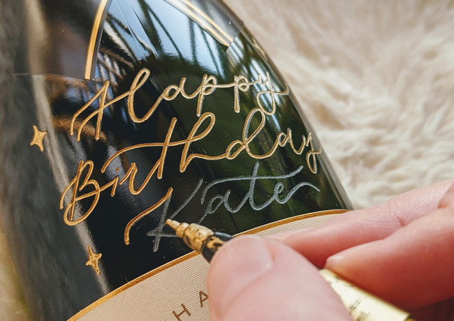 engraved-calligraphy-champagne-moet-chandon-02