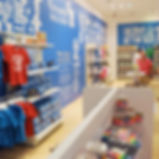 GU_store_01.jpg