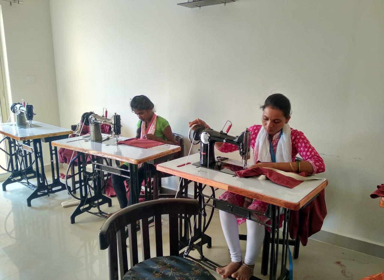 Tribal threads_Ladies Working_10.jpg