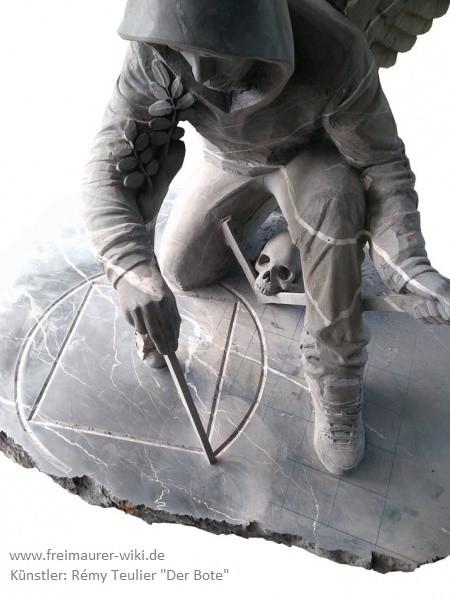 Skulptur von Rémy Teulier