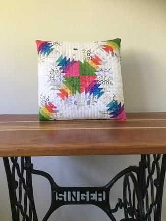 27 Pretty Pineapple Pillow by Kristy Lea