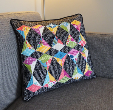 28 Kite Cushion by Kerry Foster _pennydo