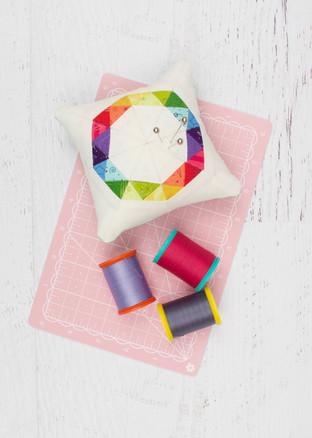 Make Modern Issue 18 - Rainbow Ring Pinc