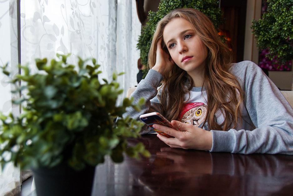 girl-1848477.jpg