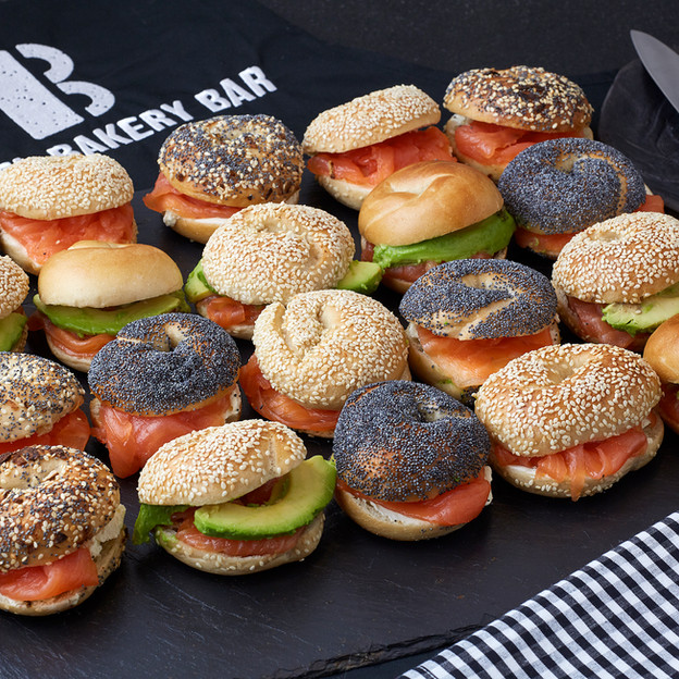 Mini-Bagel-Smoked-Salmon-Platter-B-Bagel