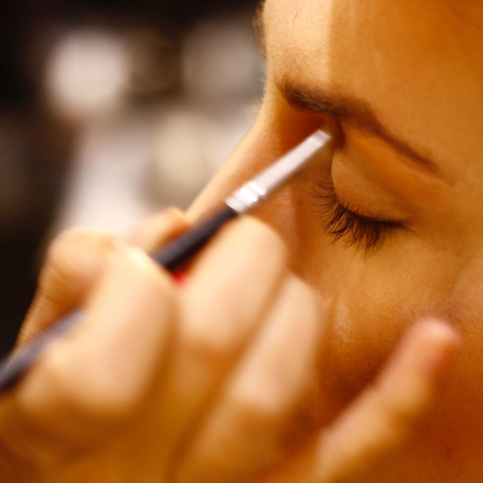 Make-up consultation