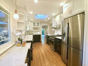 kitchen range side.jpg