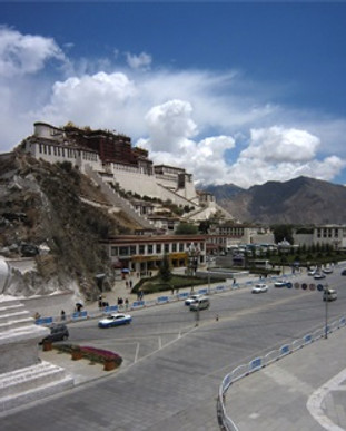 The potala palace in Tibet, a must travel destination