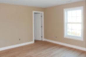 finished hardwood lfoor bedroom_1.jpg
