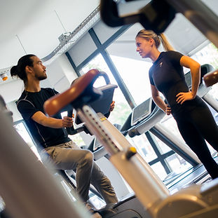De sportschool van Groningen! Wij bieden fitness / cardio, Personal Training en een sauna aan. Daarnaast zijn wij gespecialiseerd in het geven van allerlei groepslessen zoals Spinning, Yoga en Club Power. Ism The Urban Dance Center, geven wij ook Streetdance / Hiphop en vele andere dansstijlen